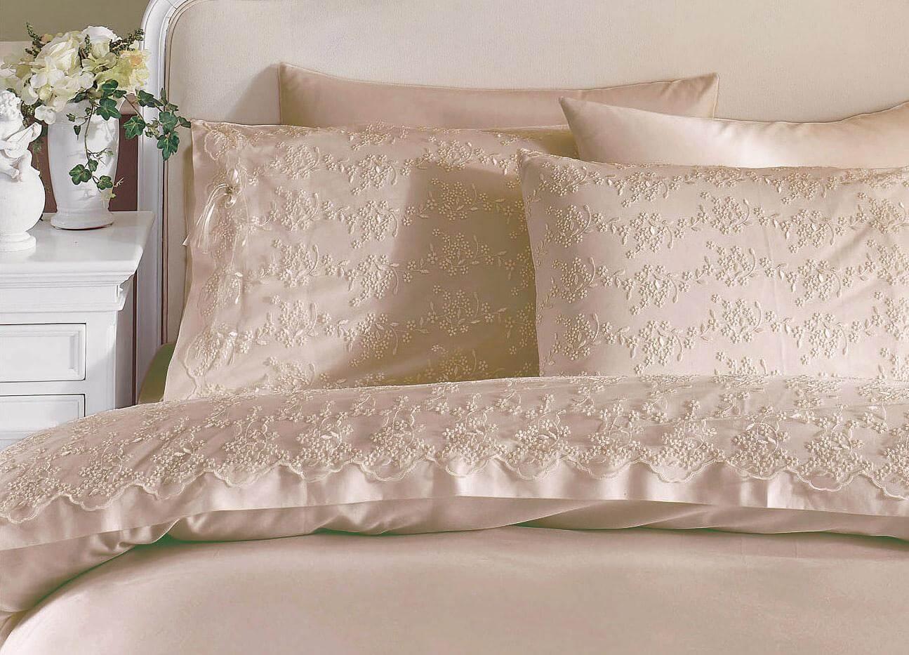 Как сшить постельное белье с кружевами 793